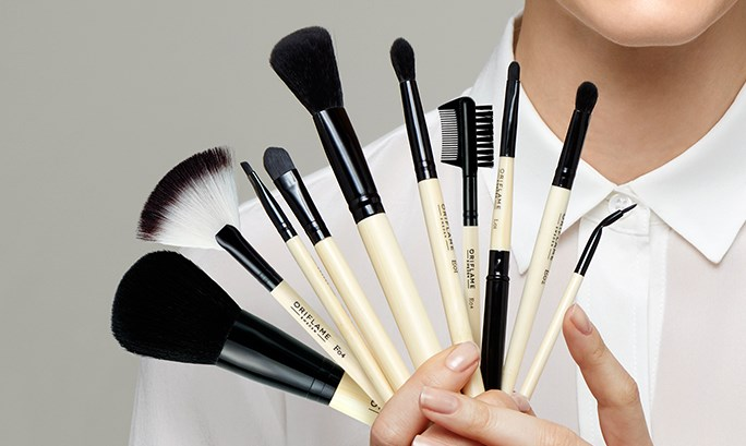 THE ULTIMATE BRUSH GUIDE