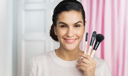 MAKEUP BRUSH SCHOOL VIDEO | Oriflame Cosmetics