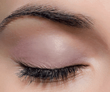 The ONE Liquid Velvet Matte Eye Shadow